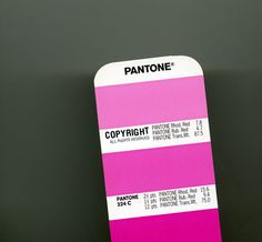 Color Pantone #cover #iphone
