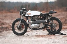 Triton motorcycle #cafe #moto