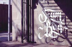 tumblr_m5mvy5UNqE1qhymn9o1_1280.jpg (584×386) #calligraphy #type #floating