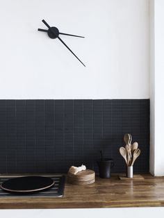 The Design Chaser: Black Kitchen Inspiration
