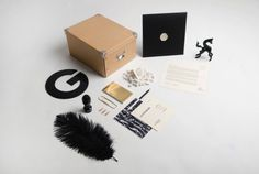 La Géométrie Stationery on the Behance Network #white #branding #black #gold #and
