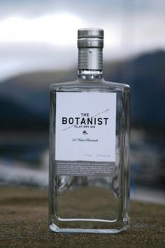 Google Image Result for http://www.peatymalts.com/images/upload/images/productpic_1818.jpg #bottle #alcohol #label #gin #botanist