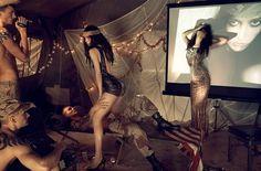 Make Love, Not War | Paranaiv / Are Sundnes #soldiers #meisel #steven #war #girls #america #iraq