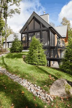 Canopy House by Thellend Fortin Architects 1
