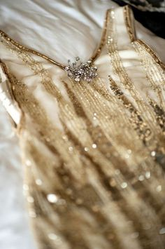 sara lindholm:Fashion #dress #gold