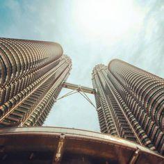 Jan Kloke - Petronas Towers Kuala Lumpur #tropical #modern #city #kuala #lumpur #towers #malaysia #skyscraper #high #petronas