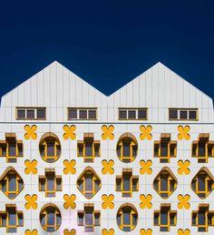 Minimalistic Architecture Photography by Loïc Vendrame