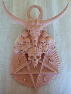 tumblr_lrumloTScT1qav13yo1_500.jpg (500×665) #demonic #skulls #pentagram