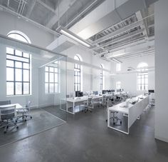 BLUE Communication Office / Jean Guy Chabauty + Anne Sophie Goneau #glass #office #white #concrete