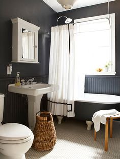 Clean + Tidy #interior #design #decor #bathroom #deco #decoration