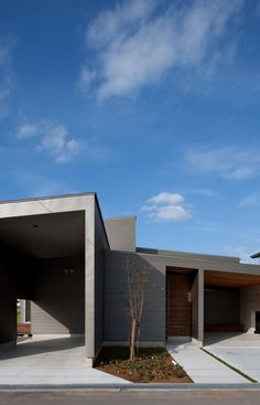 House In Gankaiji by Nakasai Architects