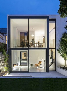 A Contemporary Two Storey Extension to a Victorian House in Dublin