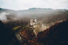 Eltz Castle by Johannes Hoehn