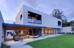 LA House by Elias Rizo Arquitectos