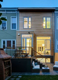 A Williamsburg Row House Gets a Modern Update 17