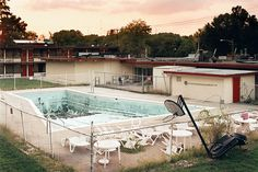 1 | Unexpectedly Sublime Photos Of Empty Motel Pools | Co.Design: business + innovation + design #su #wwwfastcodesigncom1670766unexpectedly #http