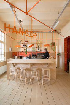 Hangop Bar in Den Bosch, Overtreders W 2