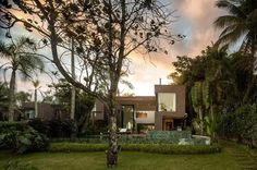 Optimal Indoor-Outdoor Fusion Achieved by Modern Architecture Project in Brazil