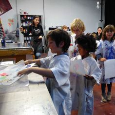 kids screenprinting workshop at Gezeever Antwerp