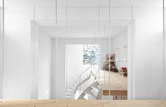 Case by Jun Igarashi #modern #design #minimalism #minimal #leibal #minimalist