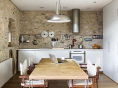 Airbnb in Girona