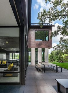 Industrial Modern House Designed to Promote the Outdoors and Active Lifestyle 4