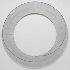 ", 2010. acrylic, graphite and black pencil on canvas, 80"" (203.2 cm) diameter. #drawings #geometry #robert #mangold #art"