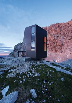 Bivouac shelter | Architect and Apinist Miha Kajzelj