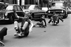 billeppridgeskateboardinginnyc_03.jpeg #b&w #oldschool #skateboard #1960s #york #nyc #new