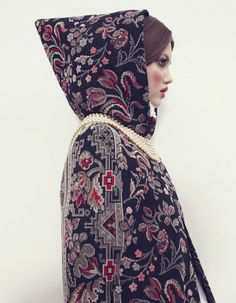 Lindsey Wixson by Emma Summerton for Vogue Japan #fashion #russian #pattern #coat