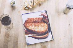 pazmartinezcapuz_bread magazine