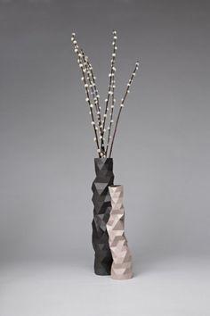 Vases : phil cuttance