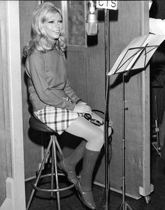 Nancy Sinatra's Flirty '60s Style...And How To Get It (PHOTOS) #60s #nancy sinatra