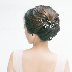 Sequence Strands Soft Bun With An Elegant Hairpin