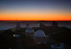 Three Planets Dance Over La Silla | Flickr - Photo Sharing! #telescope #space #observatory #sunset #planets