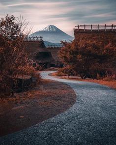 Striking Street Photography in Japan by James Takumi Shyegun