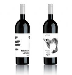 Darimus Tinto Roble | Sublima Comunicación #murcia #sublima #bottle #packaging #label #wine #fingerprint #hand #darimus