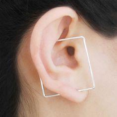 Illusion Earrings – The innovative earrings of designer Otis Jaxon