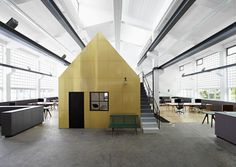 An Old Metal Workshop Becomes A New Studio
