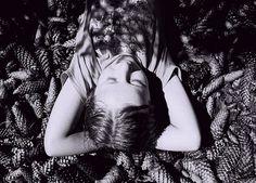 Monochrome Monday with Anna Marek I Art Sponge #marek #white #black #monochrome #portrait #and #anna