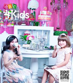 ABC4KIDS portada FEB_13 on Behance #cake #smartphone #coffee #tablet #cover #cupcake #tea #fashion #magazine #kids