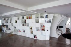 Bookcase Apartment | Fubiz™ #interior #shelves #design #gridding