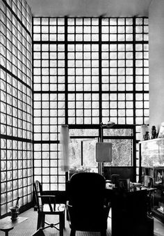 neako:Pierre Chareau 1937 glass house #white #black #grid #raster #and