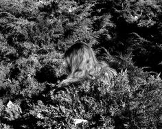 Whitney Hubbs | PICDIT #photo #photography #white #black