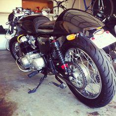 Photo by michaelmartinho • Instagram #cafecacer #motorbike #racer #cafe #motorcycle