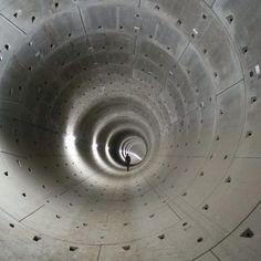 OTAKU GANGSTA #tunnel #concrete