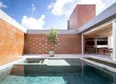 Brasilia Located Red Bricks House - #architecture,#house,#housedesign