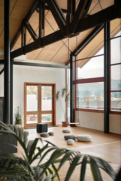 Kingswood Loft by Massimiliano Capocaccia Architecture Studio