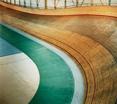 FFFFOUND! #photography #track #cycle #velo #velodrome