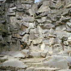 M O O D #stones #pierre #pierres #stone